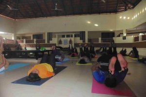 10) Yoga class-min